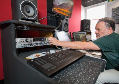 Console studio Camille Saint Saens Studios Alhambra 2