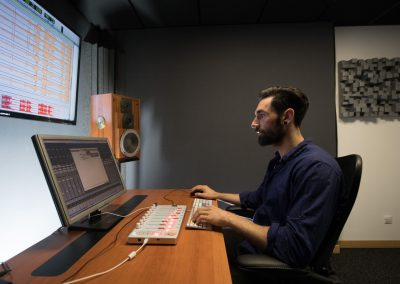 Console studio Chantal Akerman Studios Alhambra